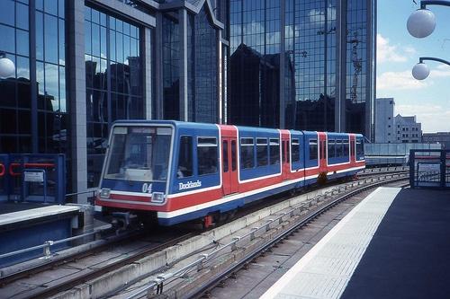 Vlaky DLR